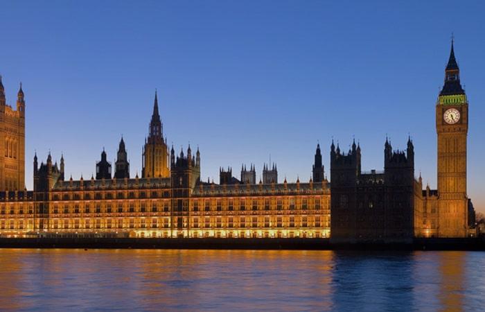 LONDRA 700x450