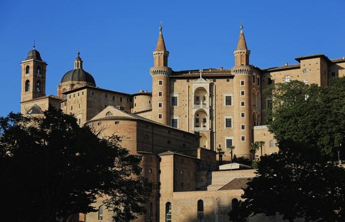 "Urbino-â€""-Fabriano-â€""-Recanati-700x450"