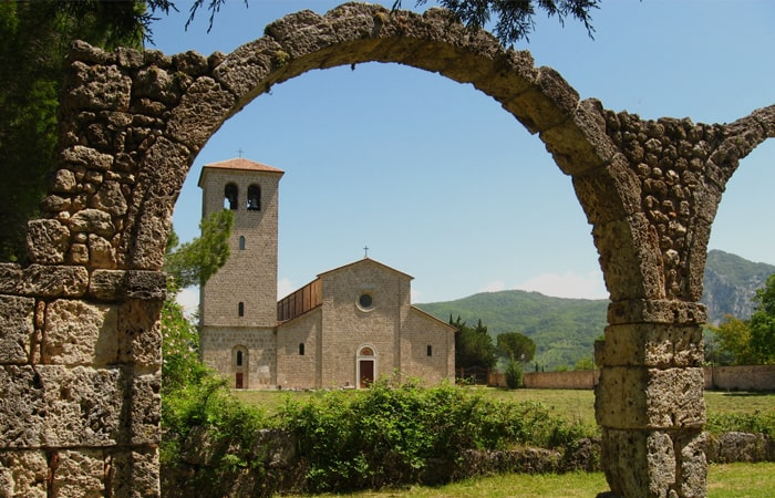 "Venafro-â€""-Campobasso-â€""-Castel-San-Vincenzo700x450"